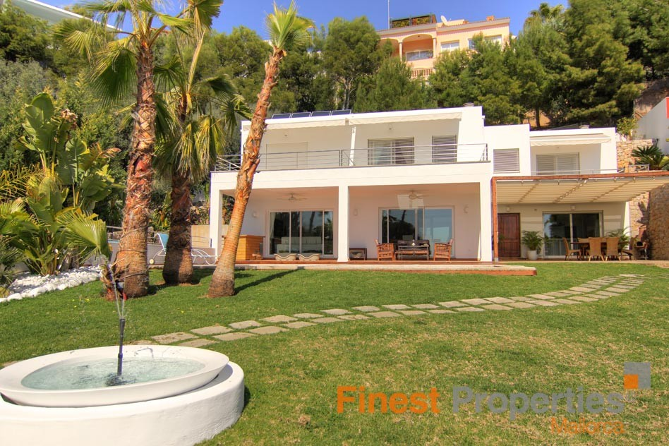 Moderne Villa in exquisiter Wohnlage  in Bendinat - Bild 0